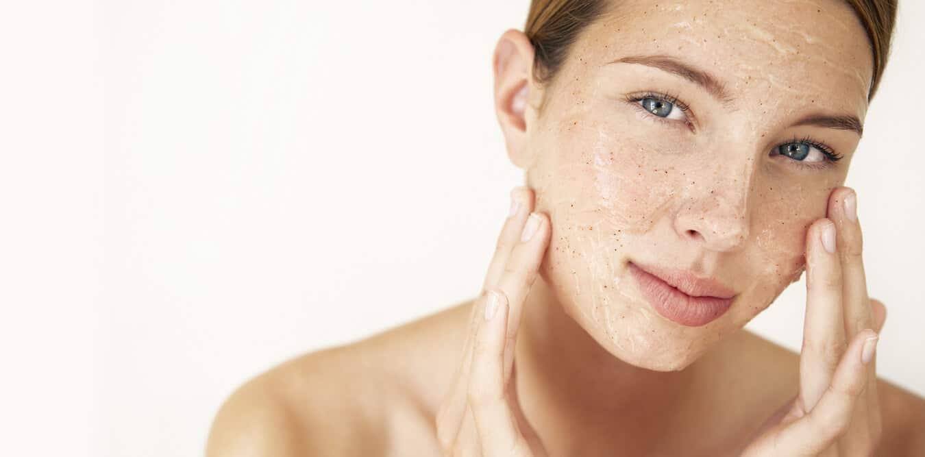 Химический пилинг кожи лица