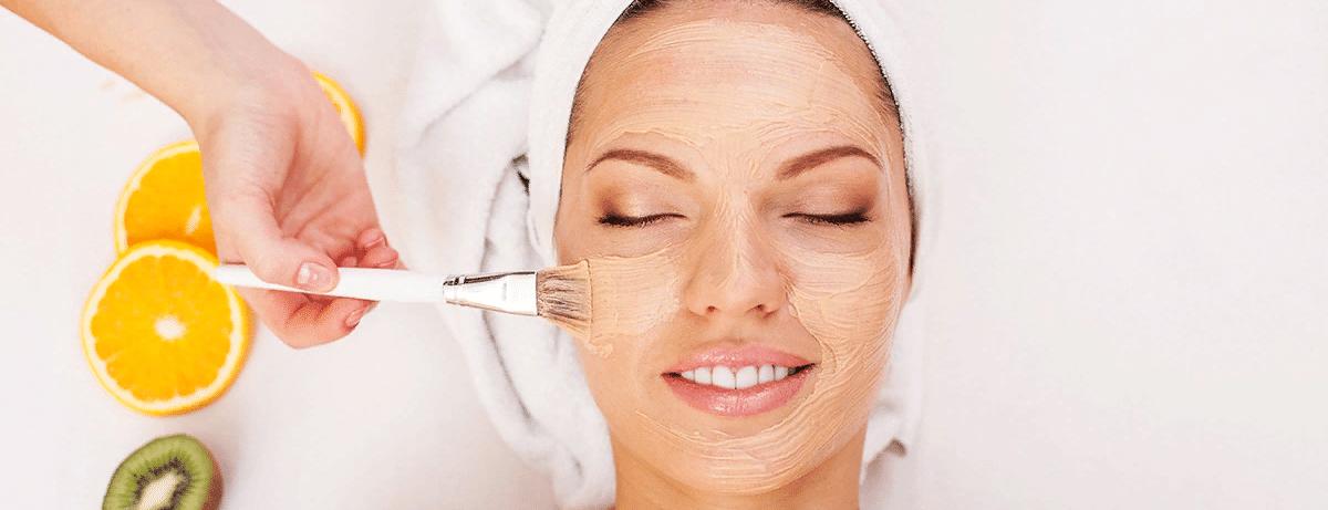Как делается химический пилинг лица